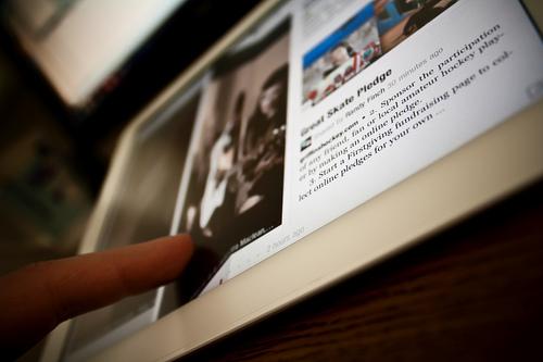 mobile-newsfeed