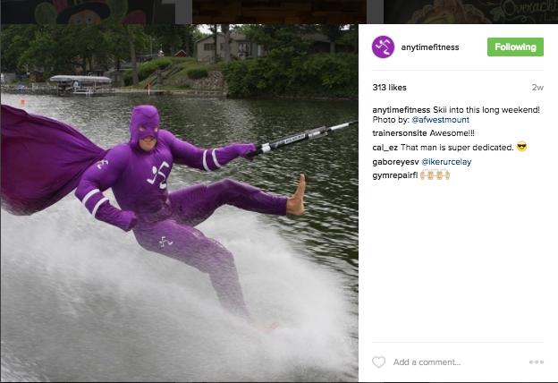 af-water-skiing